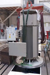 Vertical electric motor 315kW