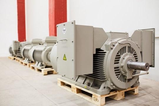 stredne a vysokonapäťové elektromotory