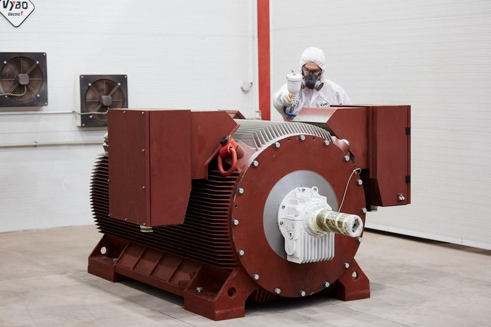 strednonapäťové motory